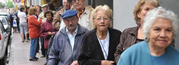 """""""La jubilación mínima está en 4500 pesos mientras la canasta es de 8600 pesos"""""""