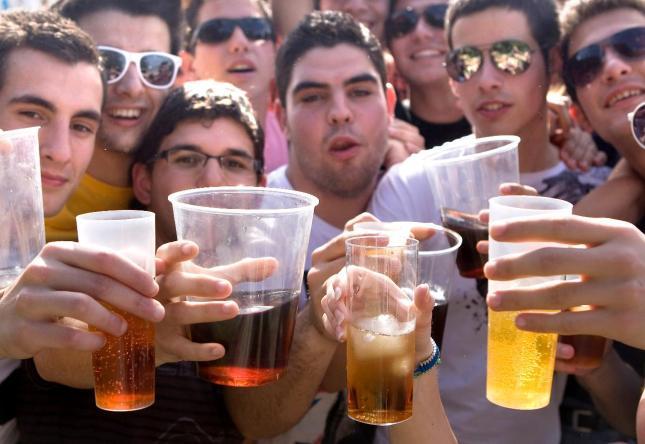 Abuso de alcohol entre adolescentes de alto riesgo del grupo de drogas
