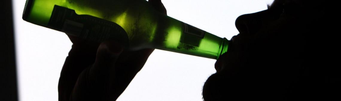 El Alcohol La Puerta De Entrada A Las Adicciones
